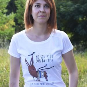Camiseta-Manga-Corta-Chica-Leon-Vegano-Animal-Sanctuary